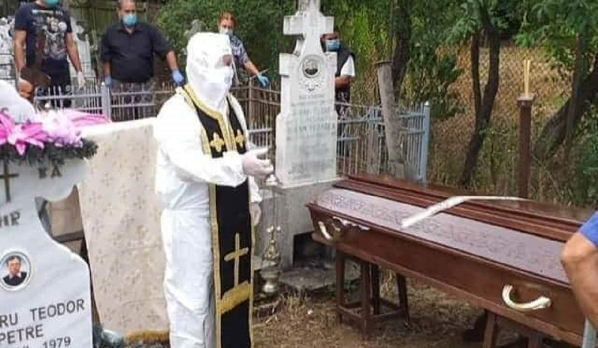 Câți oameni au voie la înmormâtare