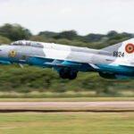 Un avion militar de vânătoare MiG-21 LanceR s-a prăbușit în România
